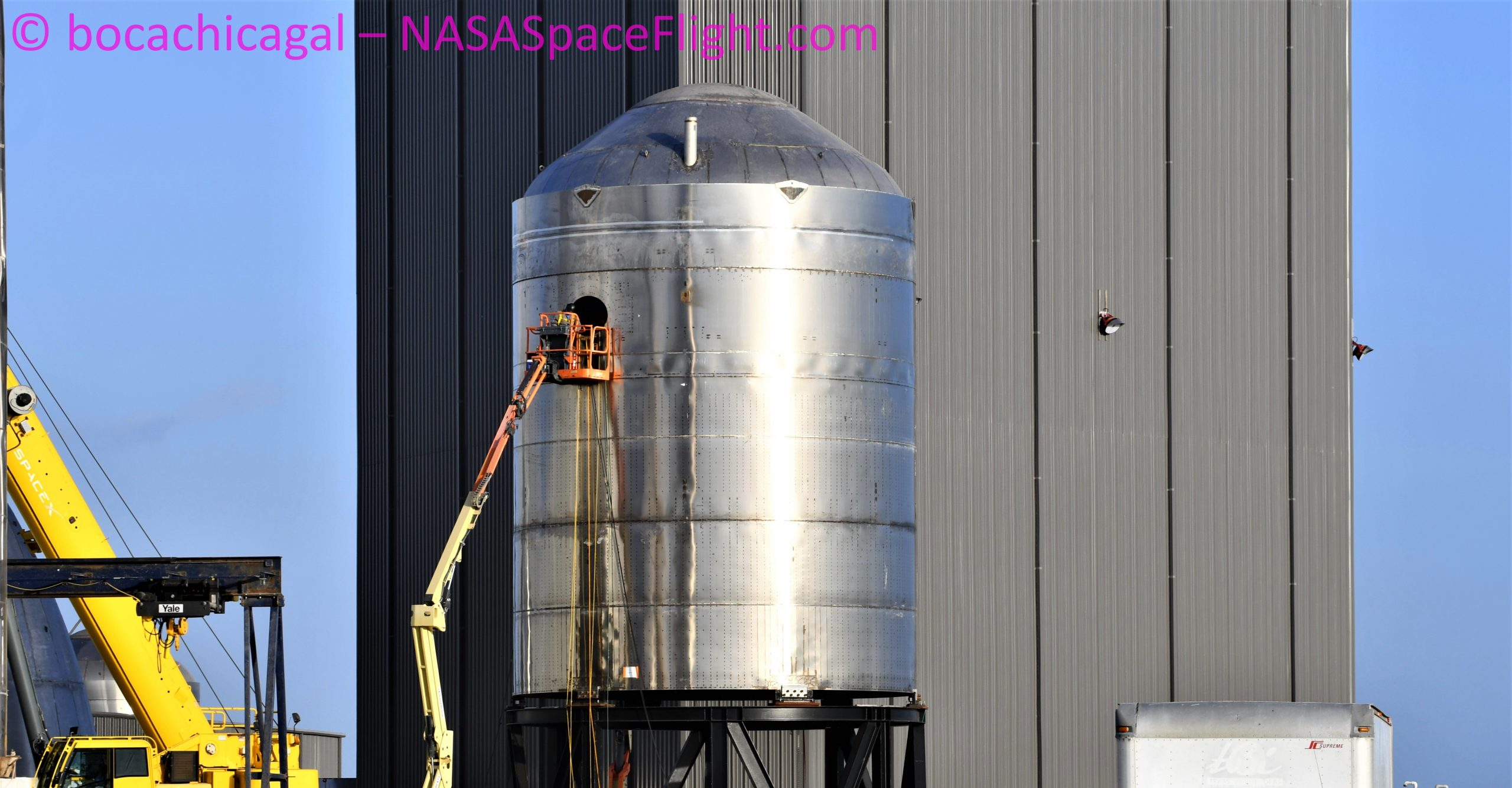 Starship Boca Chica 090420 (NASASpaceflight – bocachicagal) SN7.1 1 crop