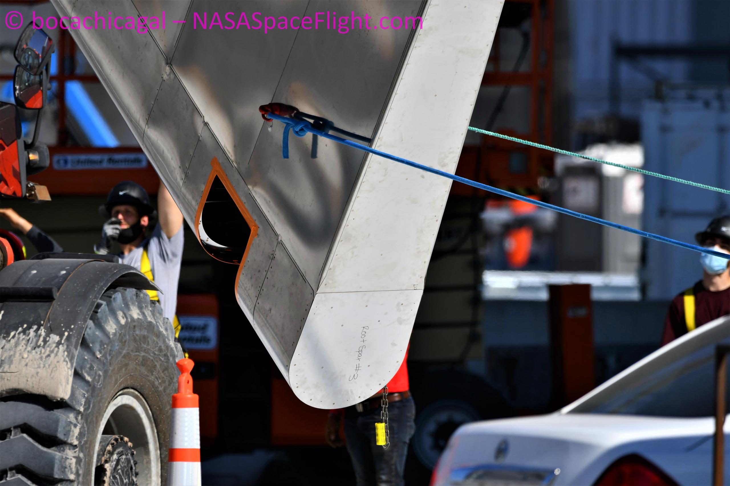 Starship Boca Chica 092220 (NASASpaceflight – bocachicagal) SN8 flap install 4 (c)