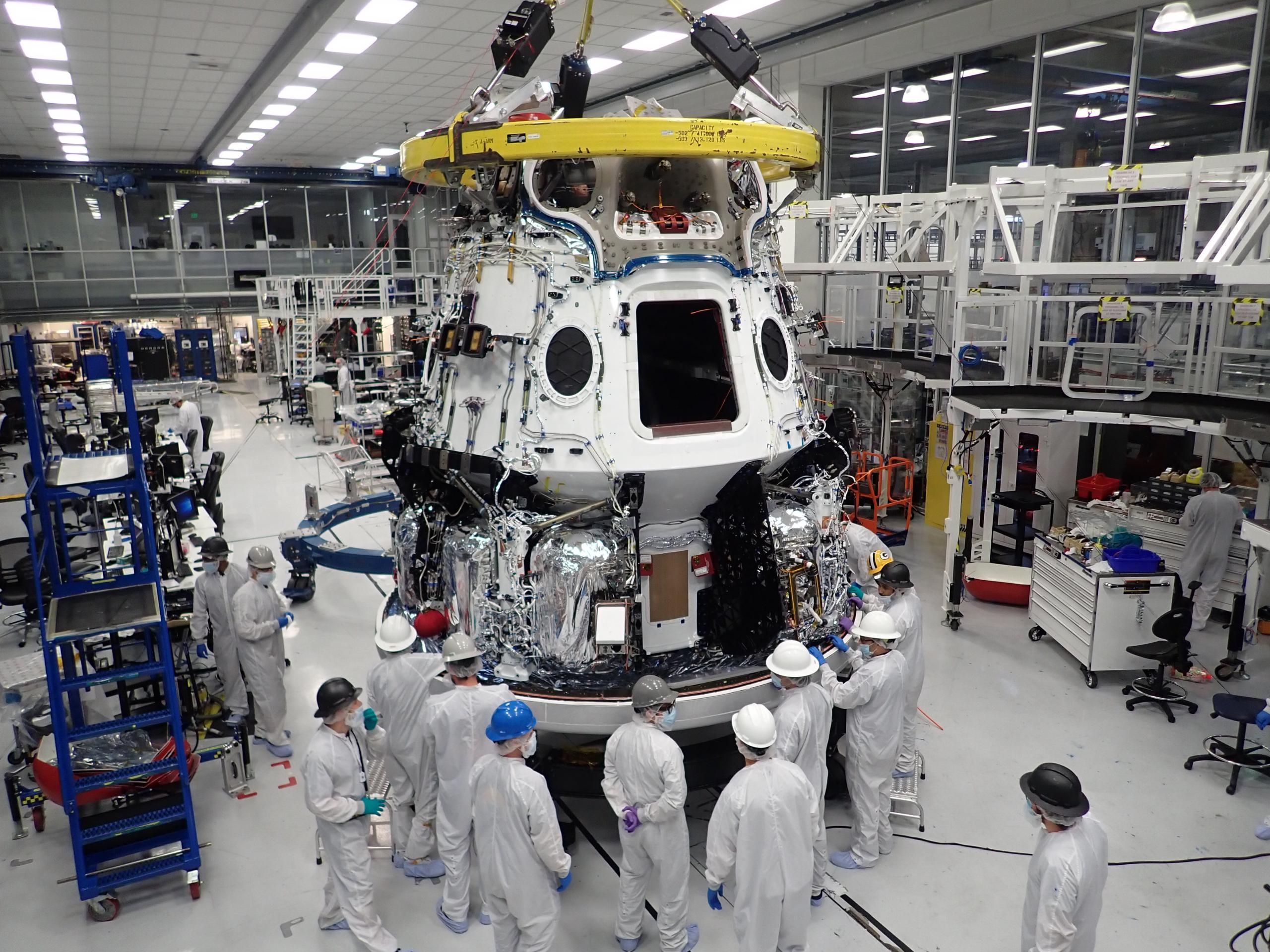 Cargo Dragon 2 SN1 Hawthorne (SpaceX) 1 (c)