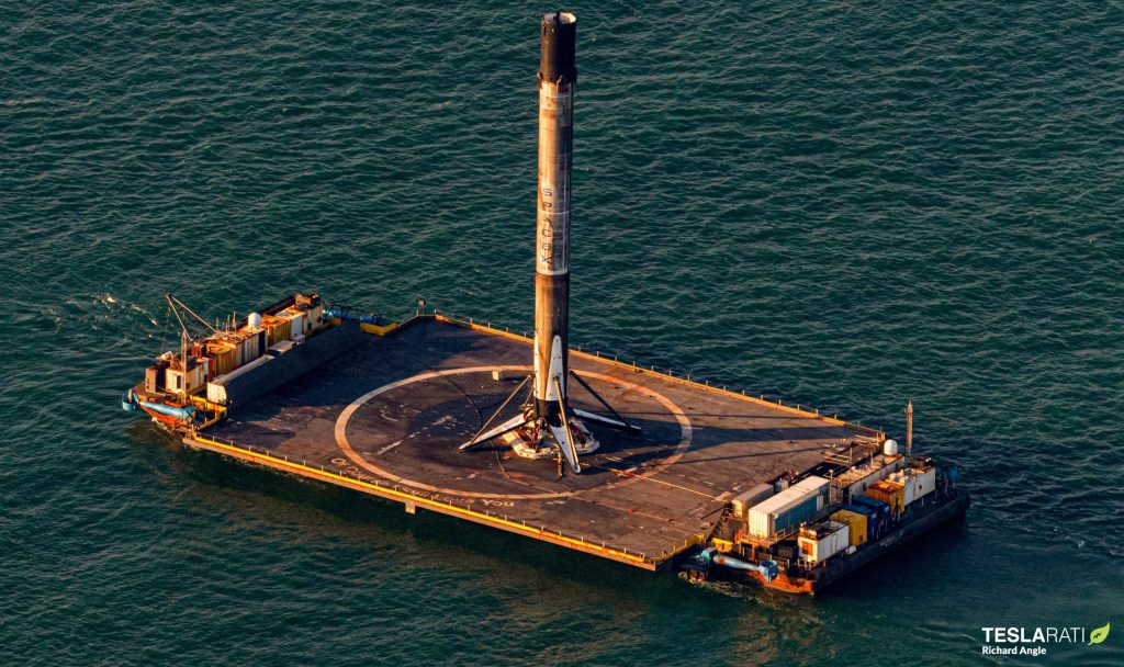 SpaceX Falcon 9 booster and first thrice-flown fairing return to port [photos]