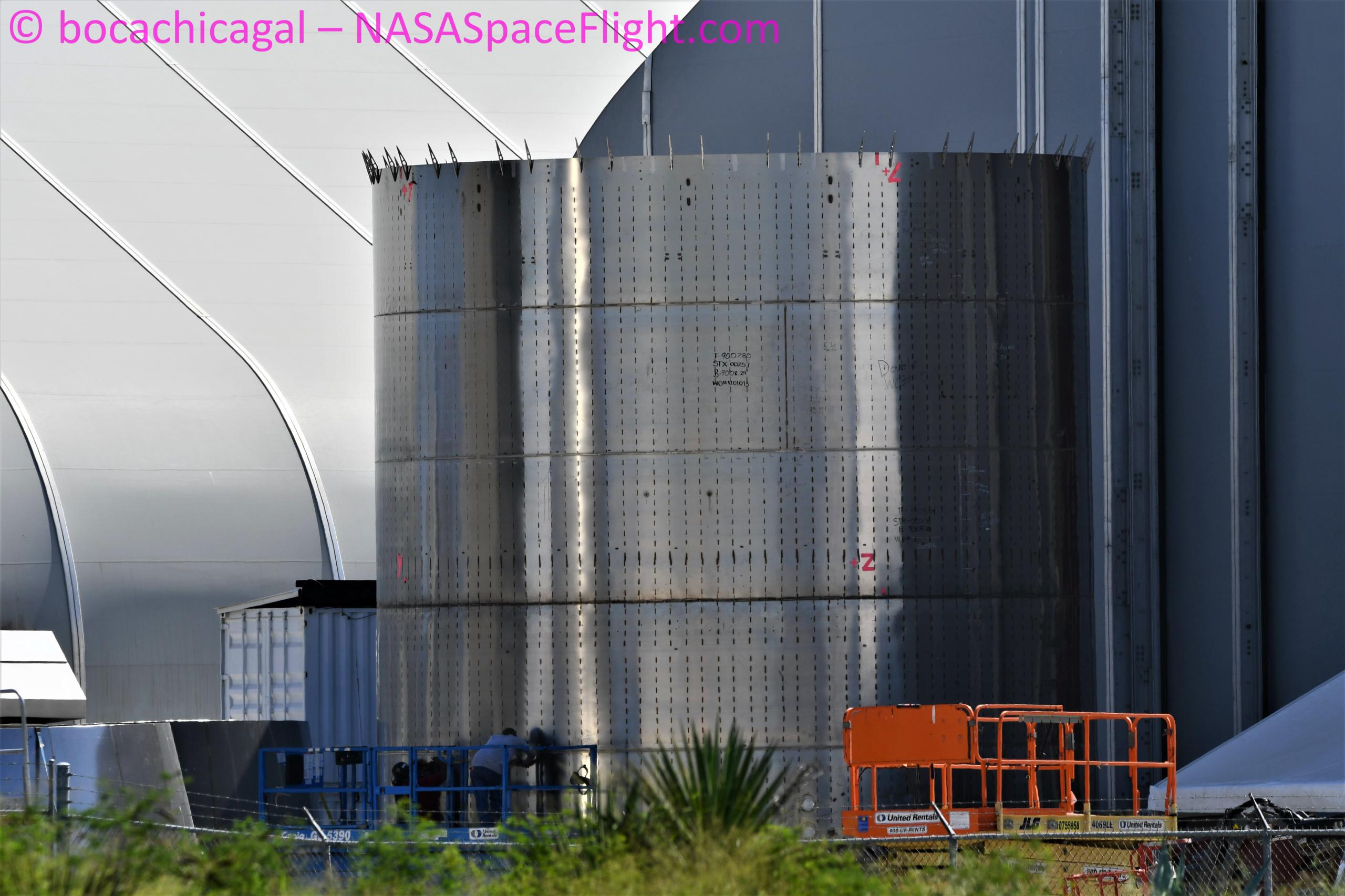 Starship Boca Chica 101520 (NASASpaceflight – bocachicagal) SN8 nose rings 3 (c)