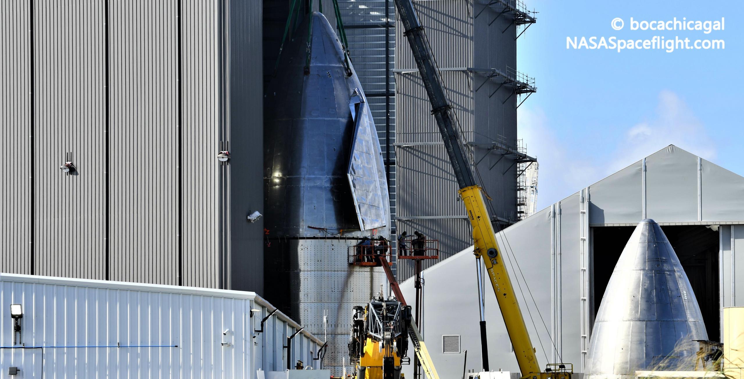 Starship Boca Chica 101920 (NASASpaceflight – bocachicagal) SN8 nosecone stack 4 crop (c)