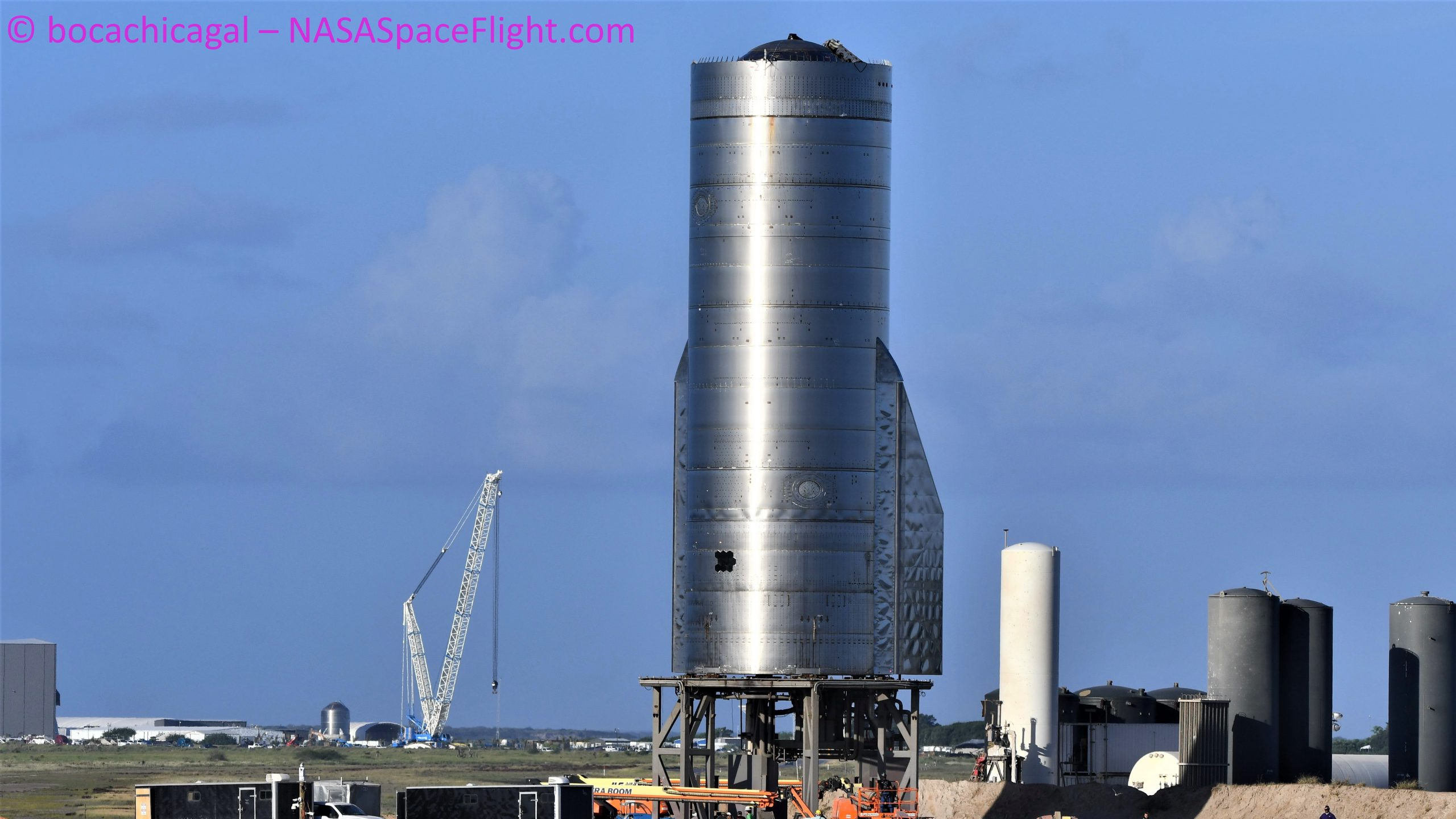 Starship Boca Chica 102120 (NASASpaceflight – bocachicagal) SN8 nose mate prep 3 crop