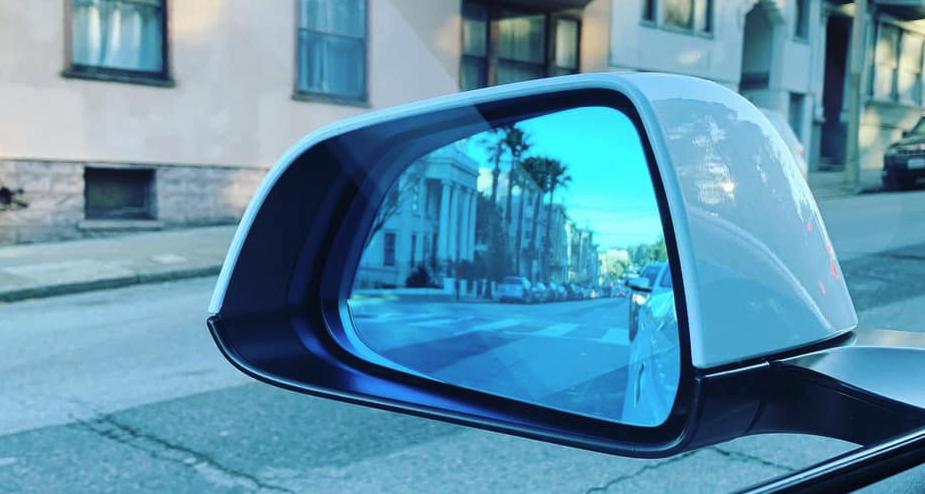 model-3-side-mirror