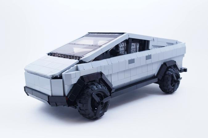 tesla-cybertruck-lego-1