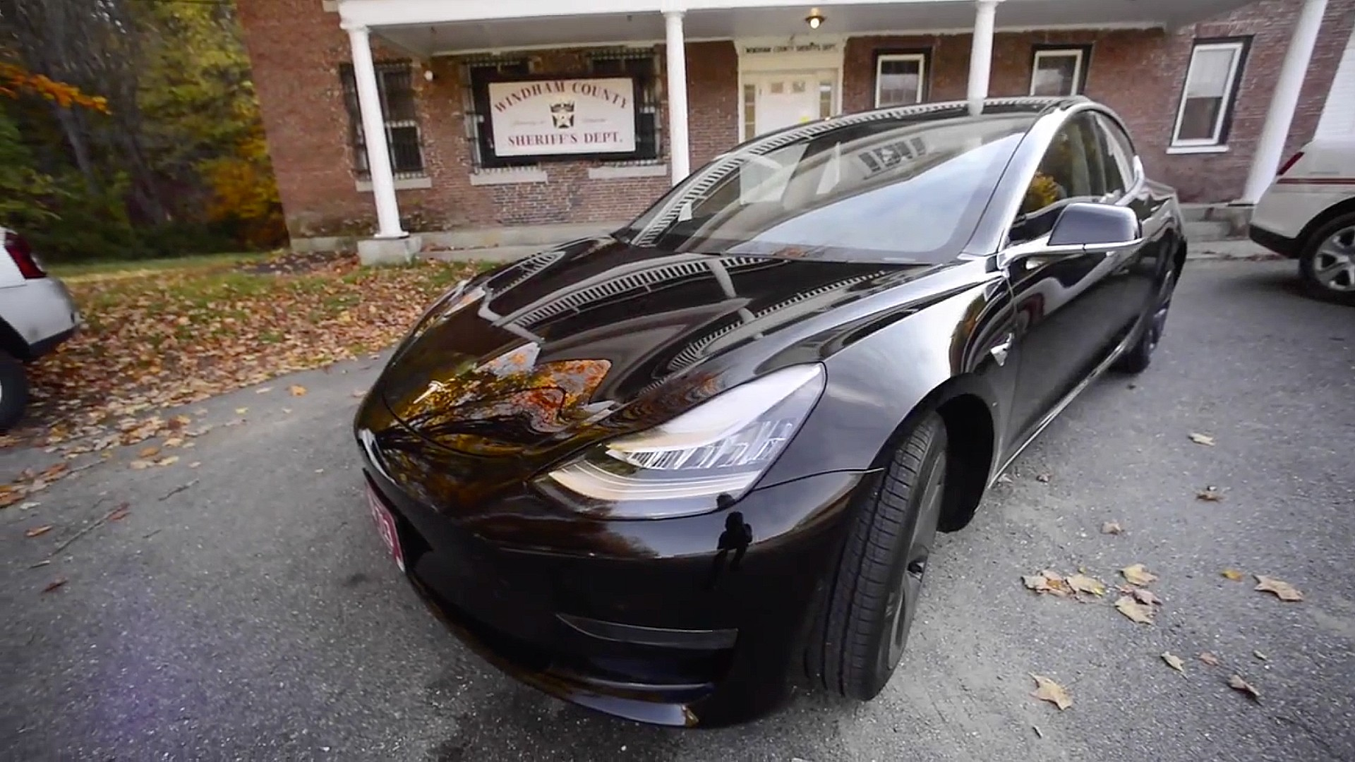 tesla-model-3-police-windham-vt