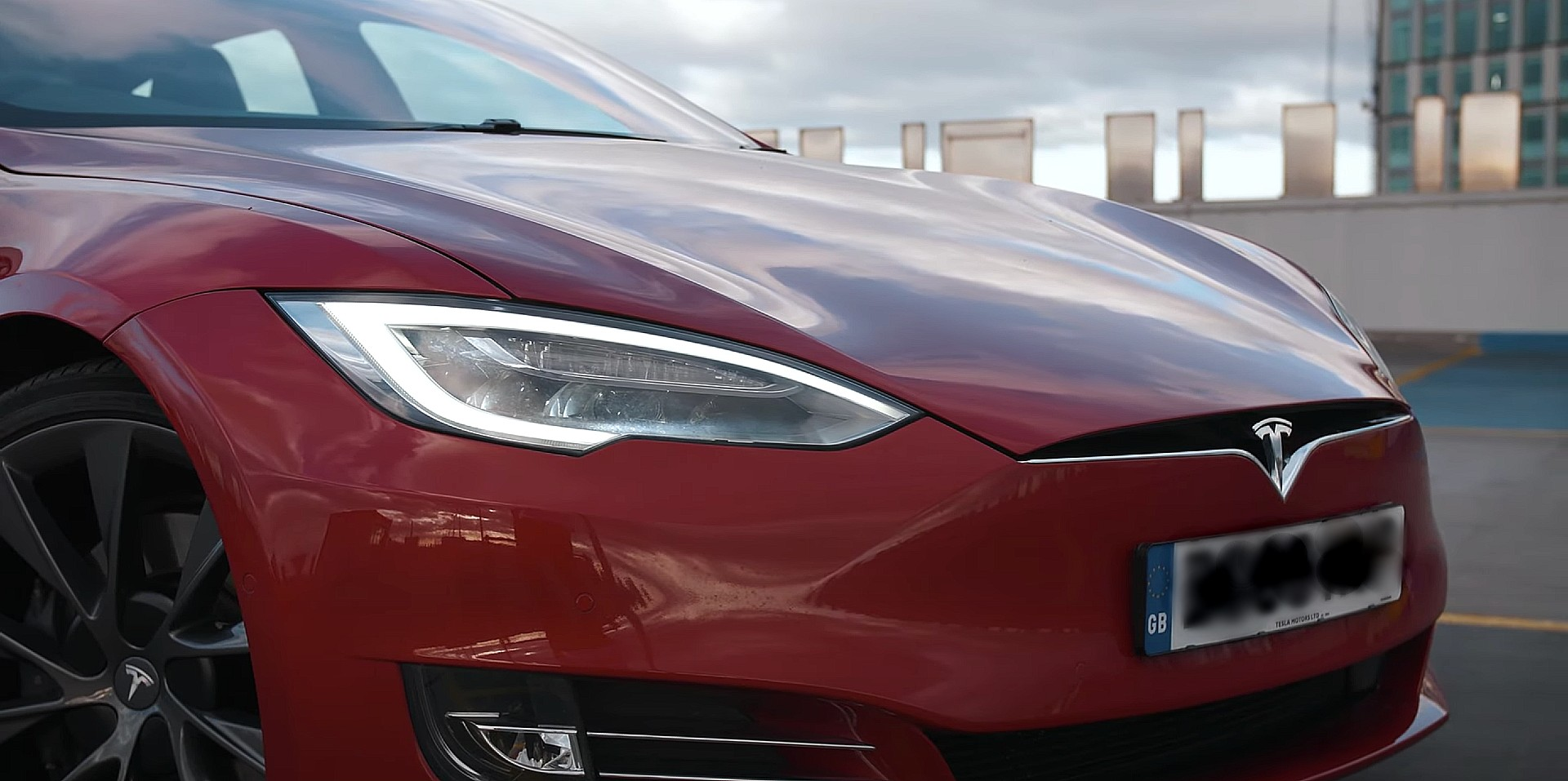 Tesla (TSLA) analysts are adjusting price targets based on
