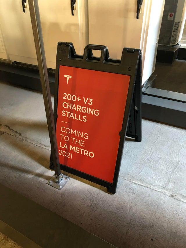 tesla-supercharger-v3-dtla-200-v3
