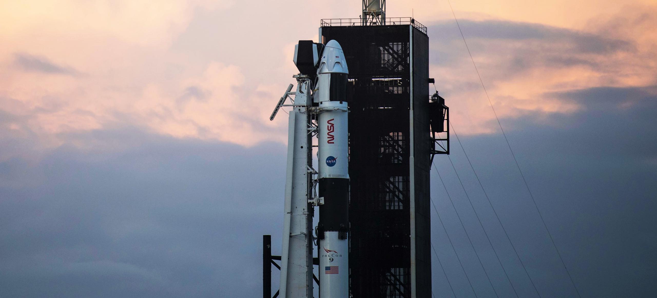 Crew-1 Crew Dragon C207 Falcon 9 B1061 39A 110820 (NASA) vertical 4 crop (c)