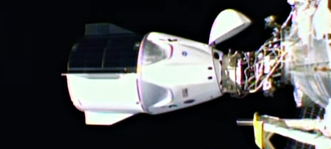 Crew-1 Crew Dragon C207 webcast 111620 (NASA) ISS docked 1