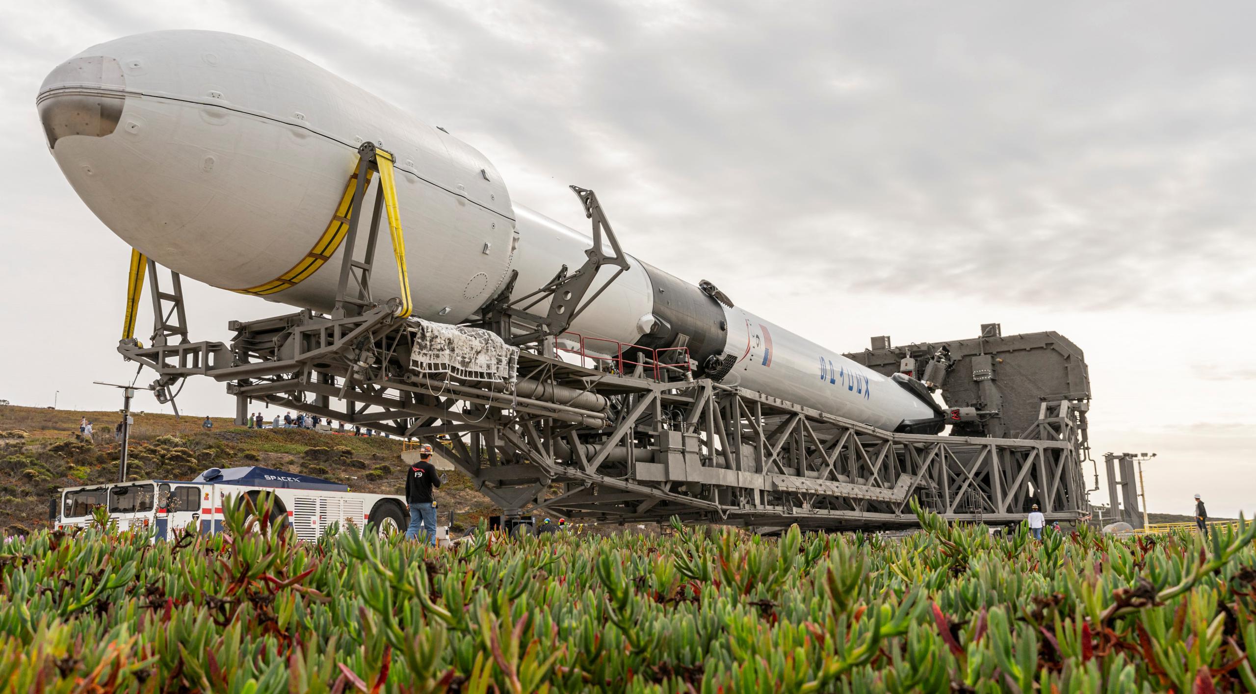 Sentinel 6A Falcon 9 B1063 SLC-4E 112120 (SpaceX) rollout 2 crop (c)