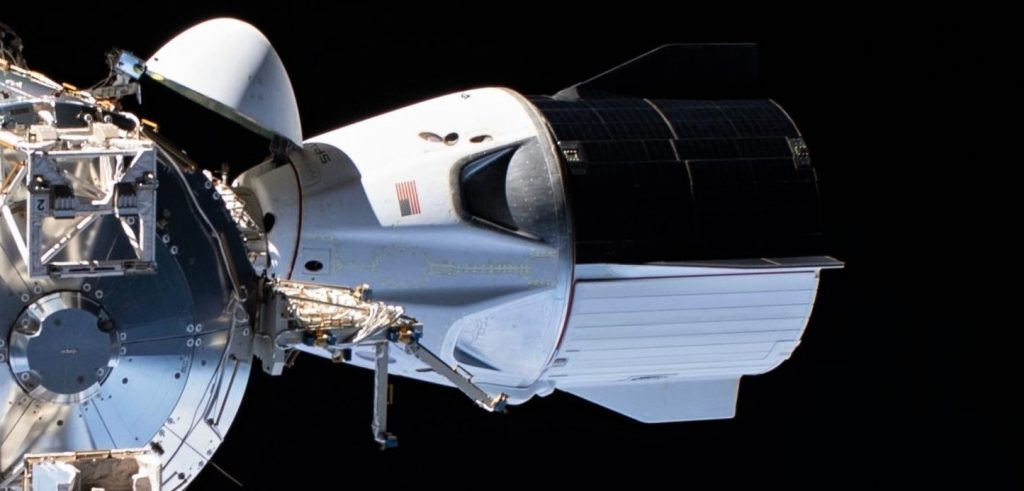 - SpaceX Crew Dragon C206 Demo 2 ISS spacewalk 070120 NASA 1 crop 4 1024x491 - SpaceX installs Dragon spaceship on the rocket that'll take it to space (again)