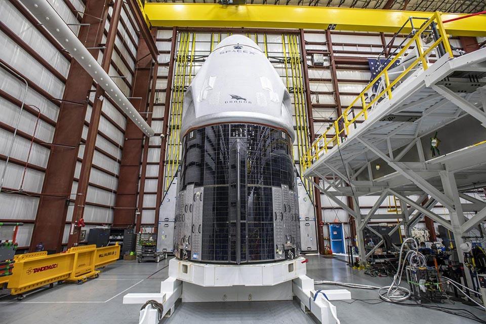 SpaceX-NASA-Crew-1-Dragon-Resilience-HIF
