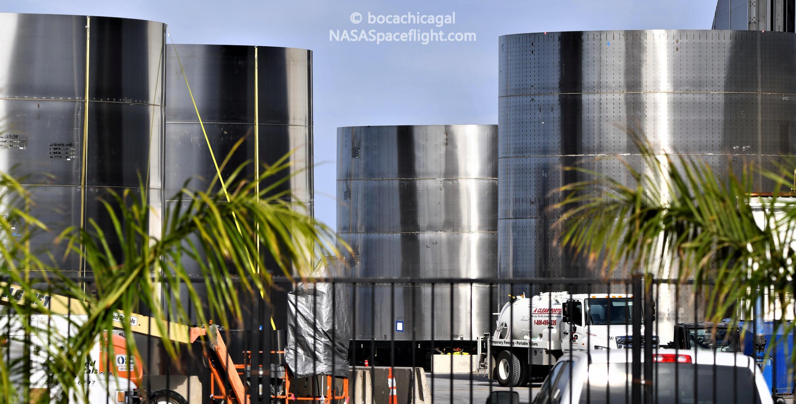 Starship Boca Chica 110720 (NASASpaceflight – bocachicagal) SH1 rings 1 crop (c)