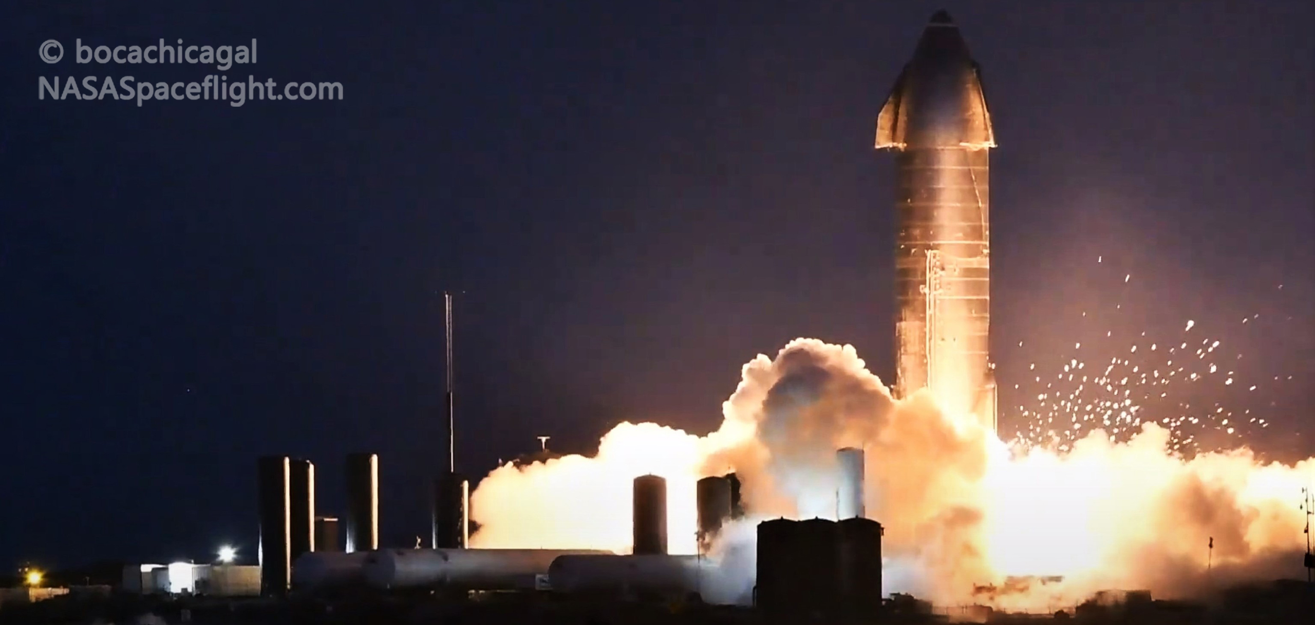 Starship Boca Chica 111020 (NASASpaceflight – bocachicagal) SN8 static fire #2 sparks 1