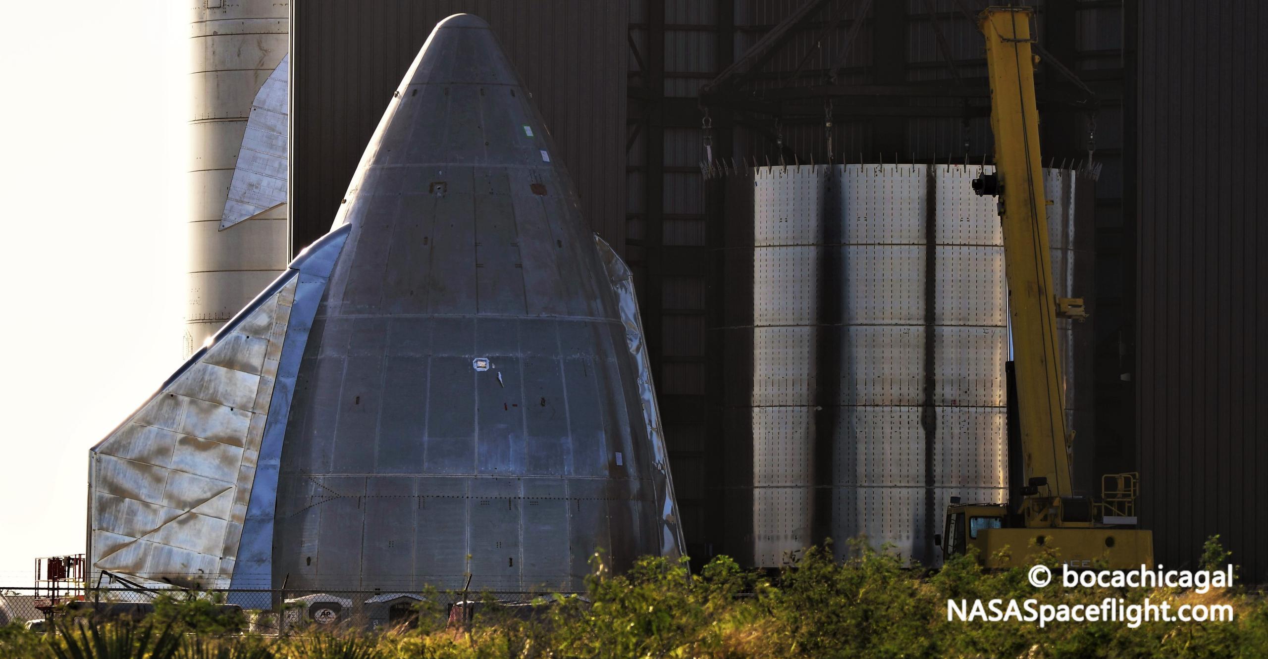 Starship Boca Chica 112020 (NASASpaceflight – bocachicagal) SN9 nosecone stack prep 5 crop (c)