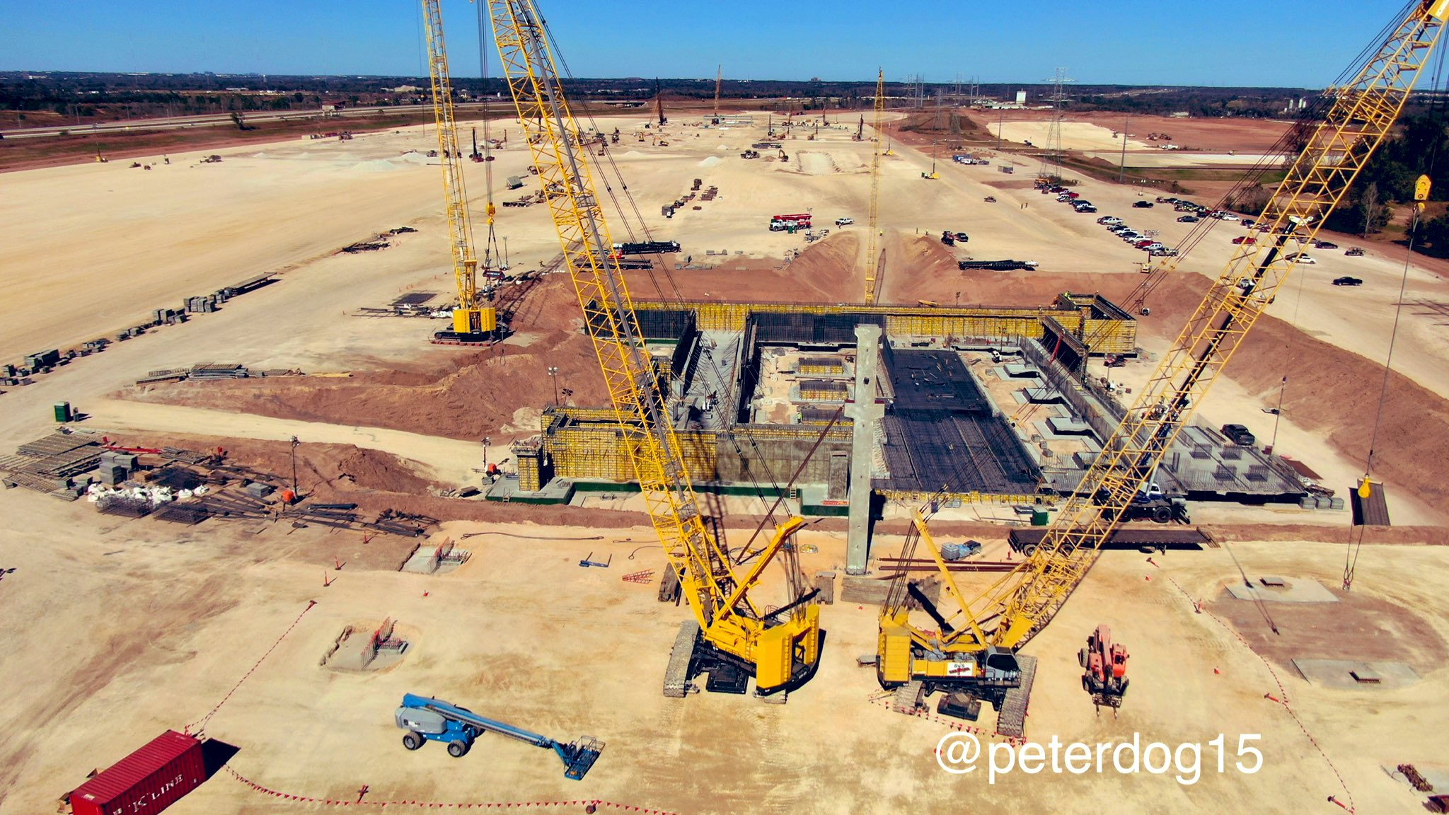 Tesla-Gigafactory-Texas-first-pillar-video