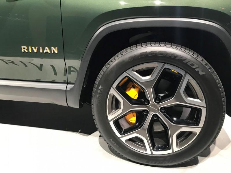 rivian-pirelli