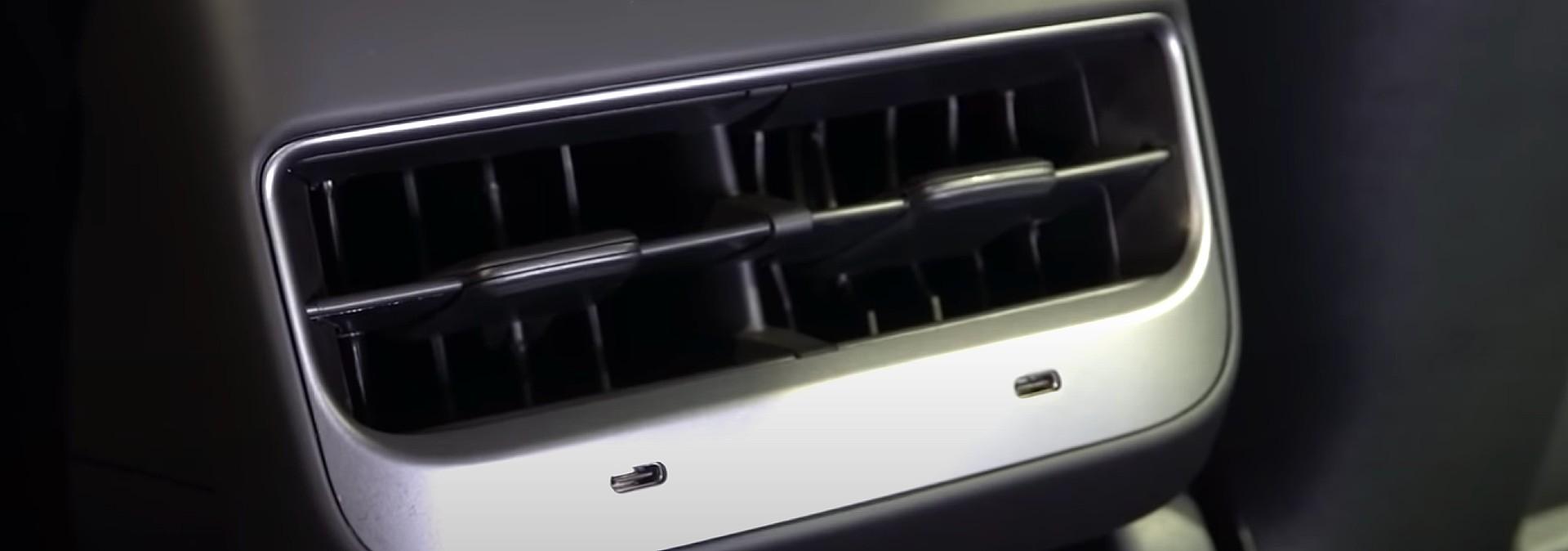 tesla-model-3-refresh-usb-c-ports