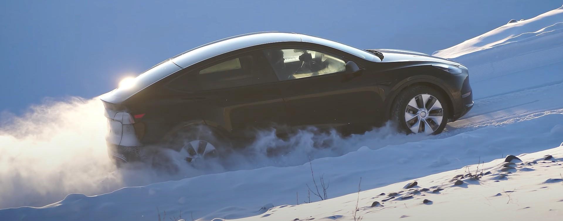 tesla-model-y-snow-test