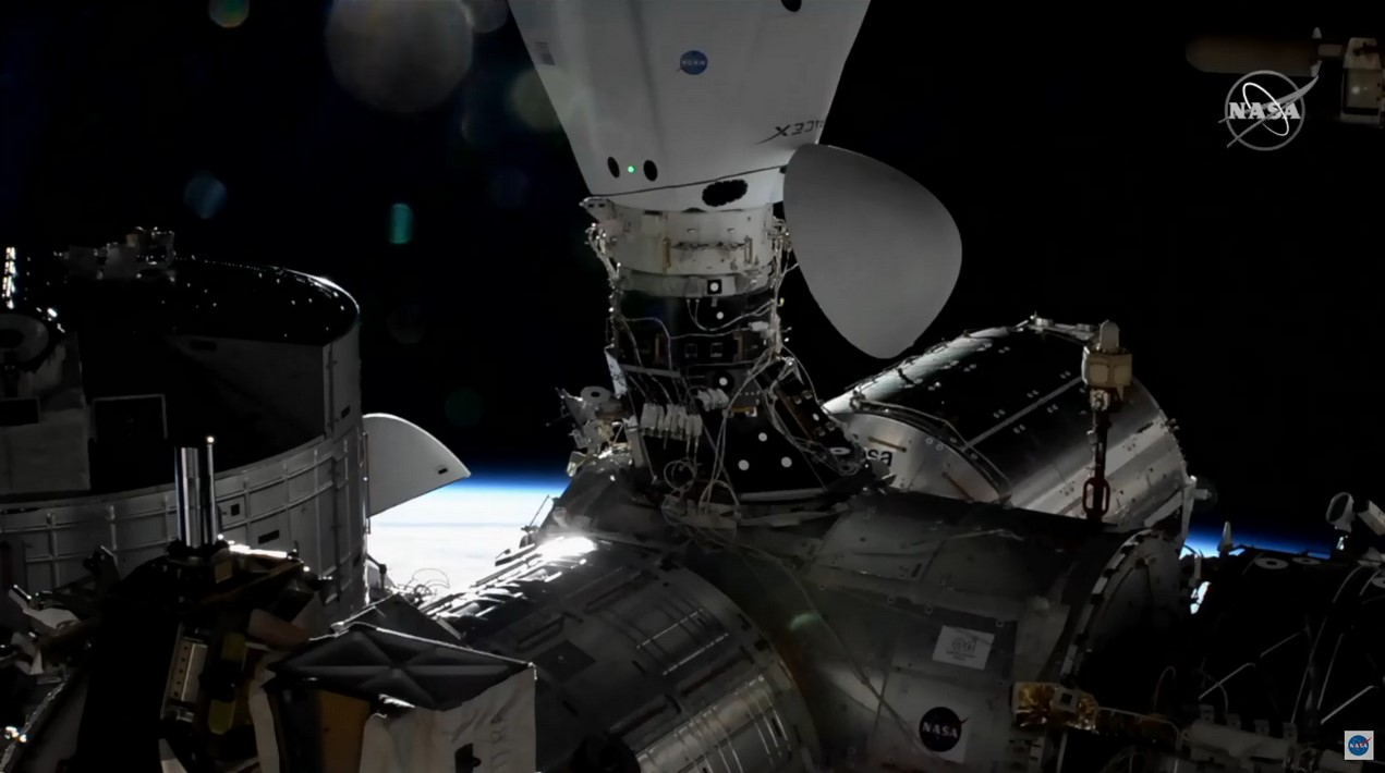 CRS-21 Cargo Dragon 2 120720 (NASA) Crew-1 Dragon C207 docked 1