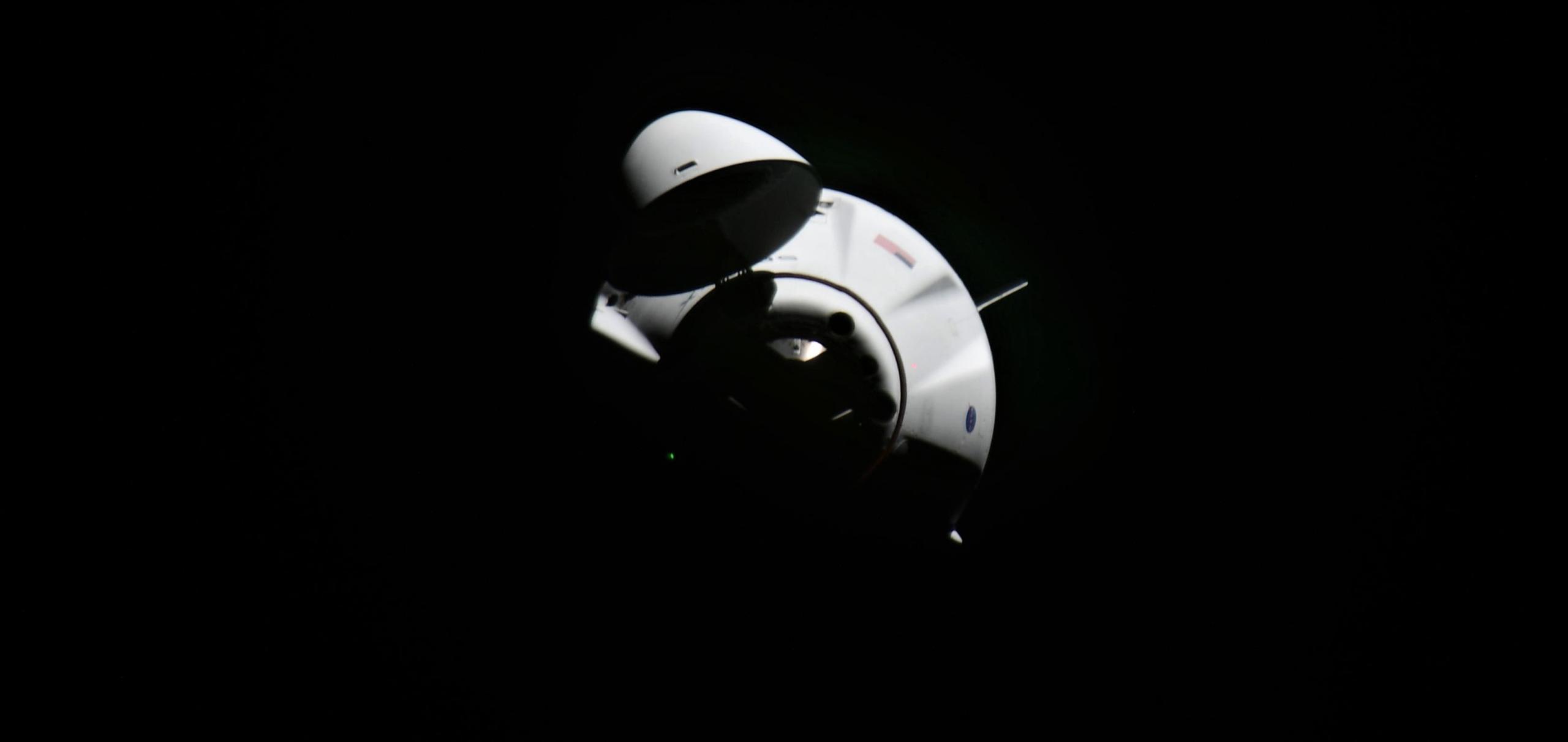 CRS-21 Cargo Dragon 2 120720 (Sergey Kud-Sverchkov) ISS arrival 4 crop (c)