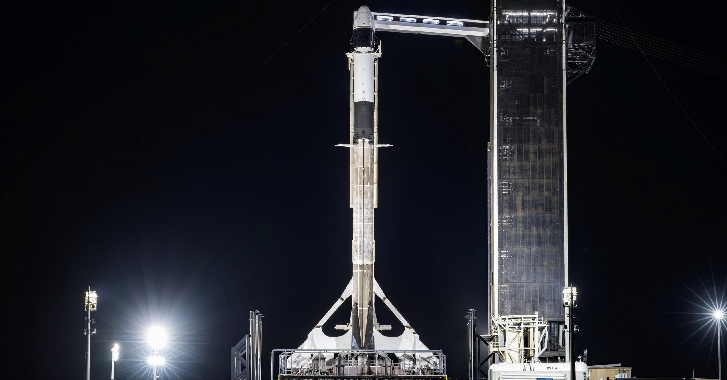 CRS-21 Cargo Dragon 2 Falcon 9 B1058 120220 (SpaceX) vertical 1 crop
