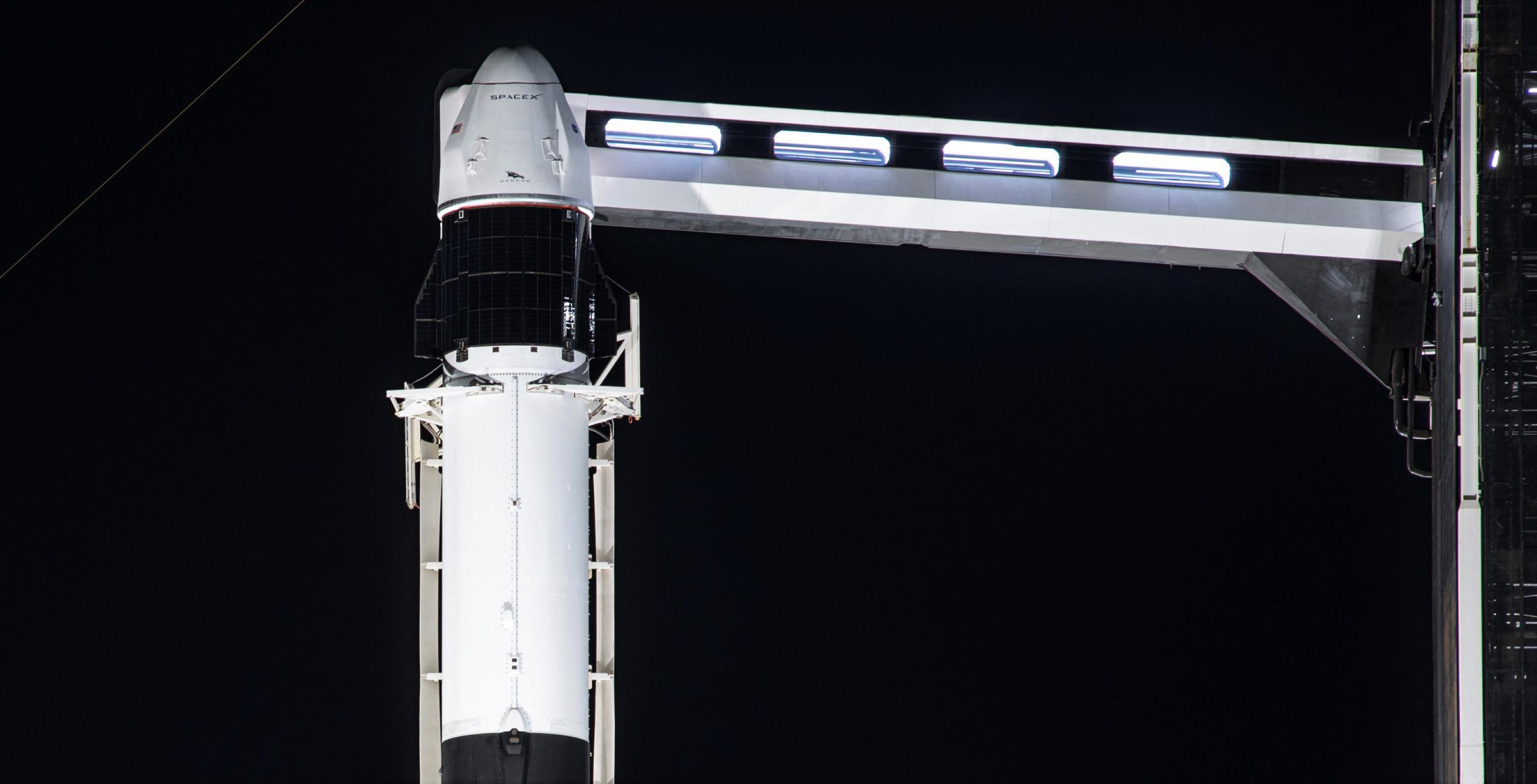 CRS-21 Cargo Dragon 2 Falcon 9 B1058 120220 (SpaceX) vertical 2 crop 2 (c)