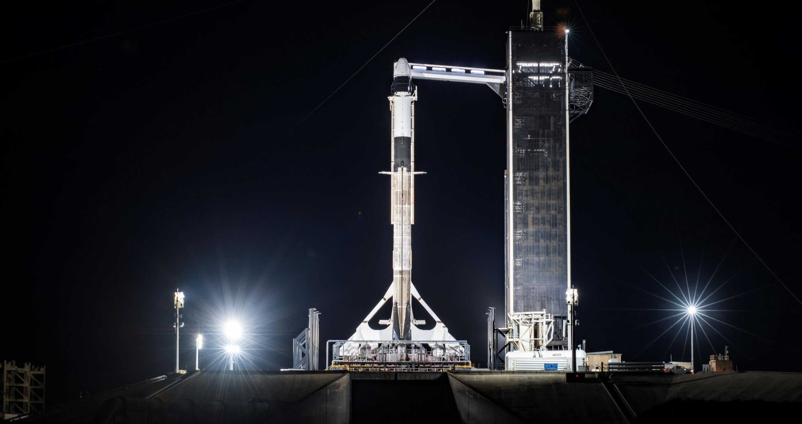 CRS-21 Cargo Dragon 2 Falcon 9 B1058 120220 (SpaceX) vertical 4 crop (c)