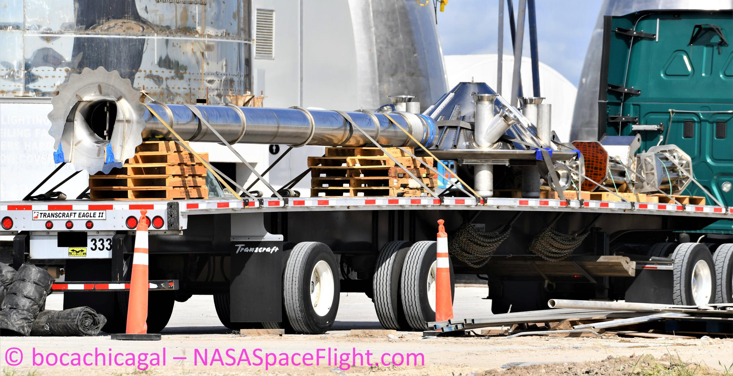 Starship Boca Chica 081720 (NASASpaceflight – bocachicagal) transfer tube thrust puck legs delivery 1 crop (c)