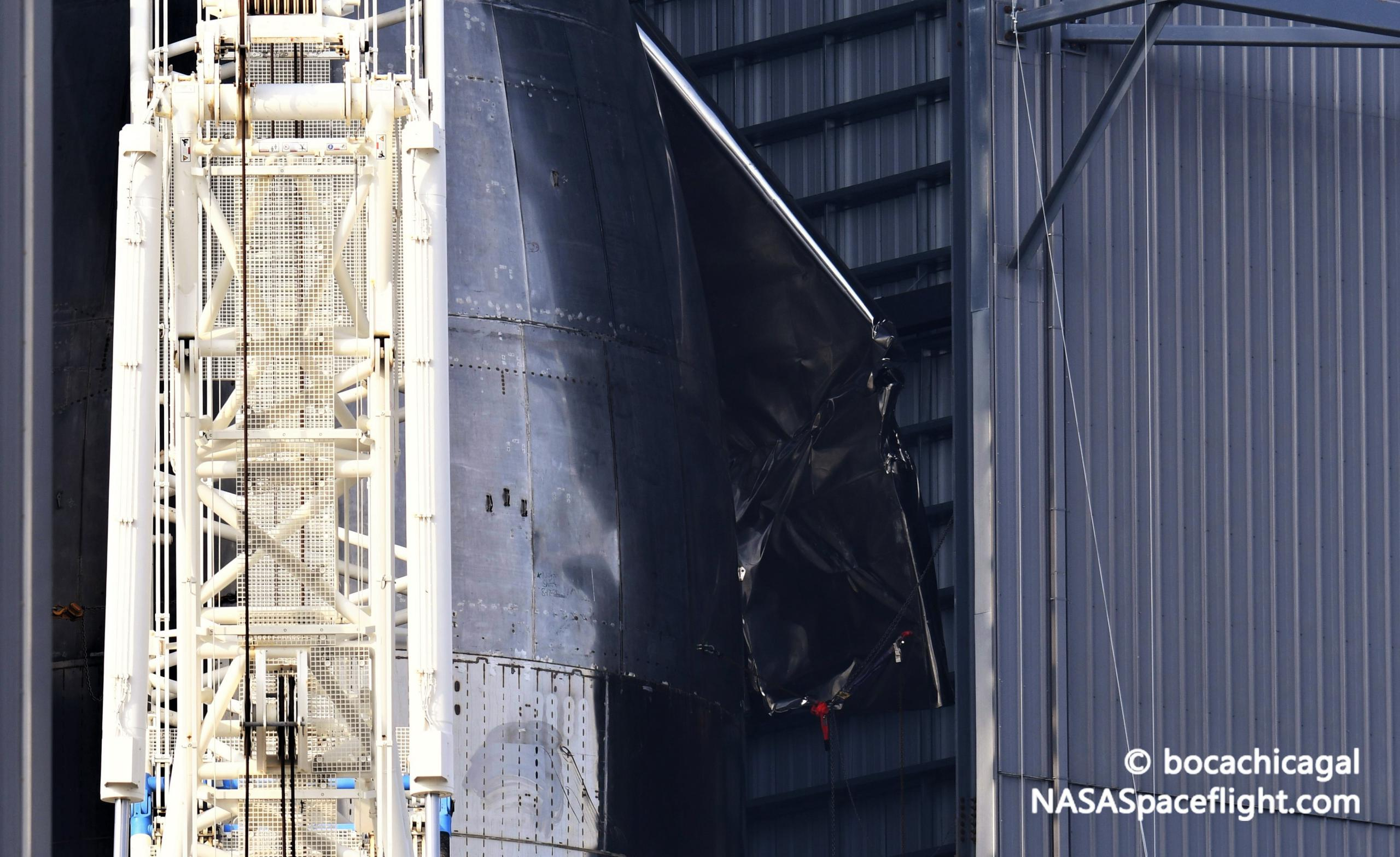 Starship Boca Chica 121320 (NASASpaceflight – bocachicagal) SN9 tip damage 1 (c)