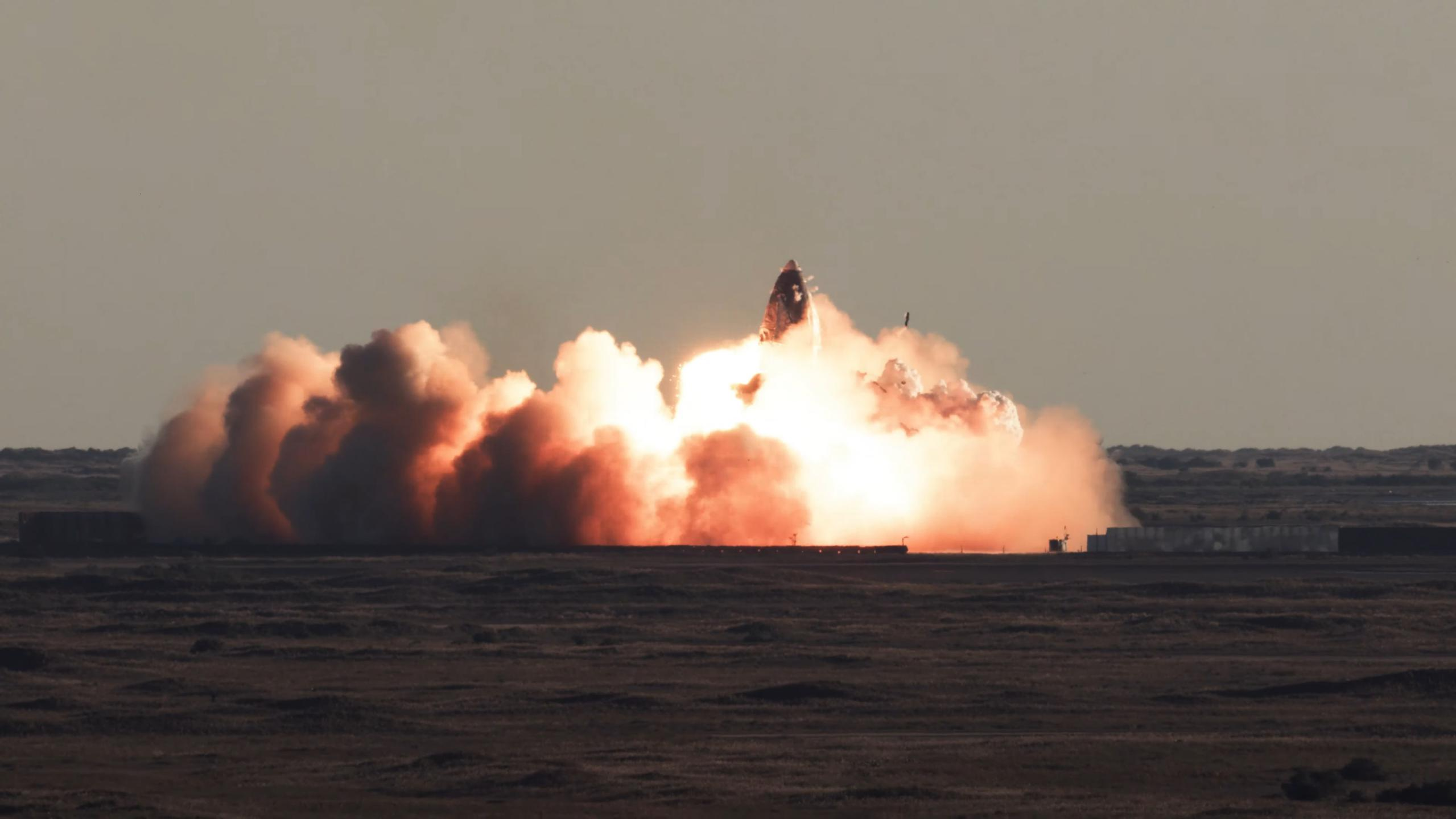 Starship SN8 launch recap 120920 (SpaceX) impact 1 (c)