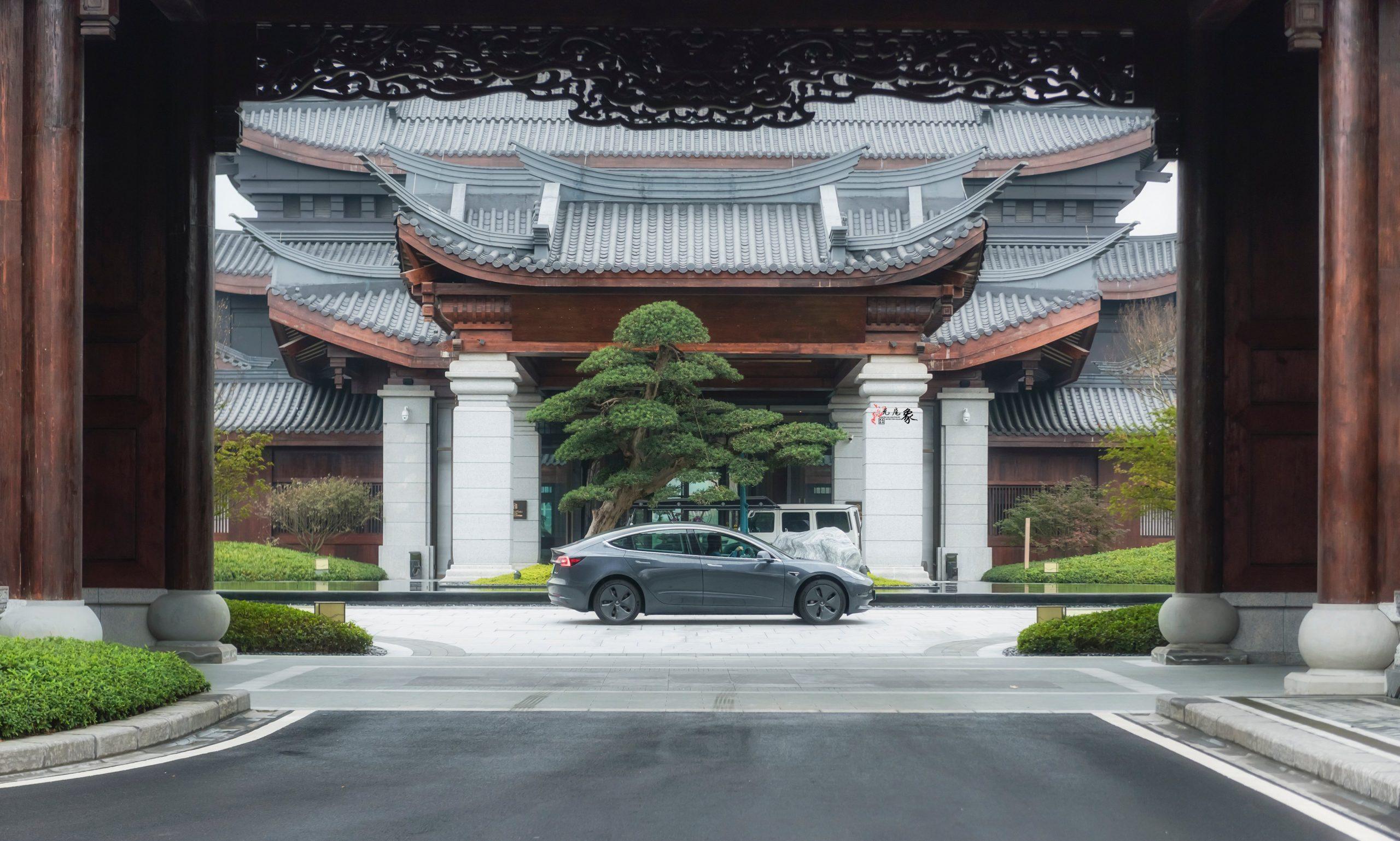 telsa-china-supercharger-v3-sales-service-center-gigafactory-shanghai