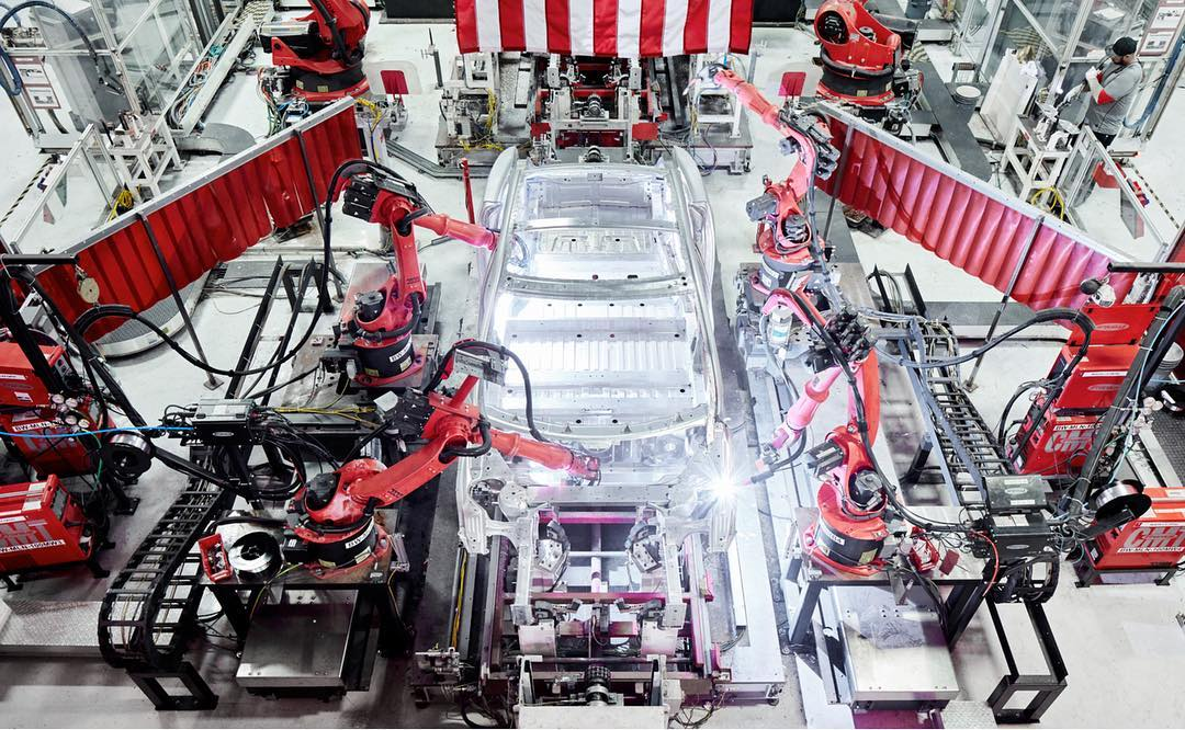 tesla-giga-berlin-jobs-daimler-mercedes-factory
