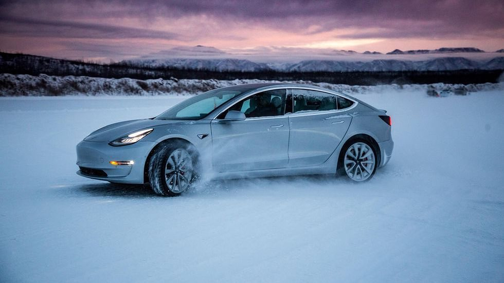 tesla-mobile-service-remote-location-snow-storm