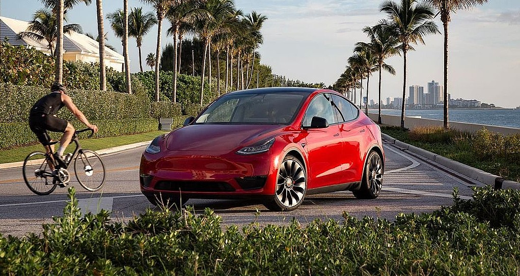 Tesla Model 3 and Model Y Long Range get new round of price increases