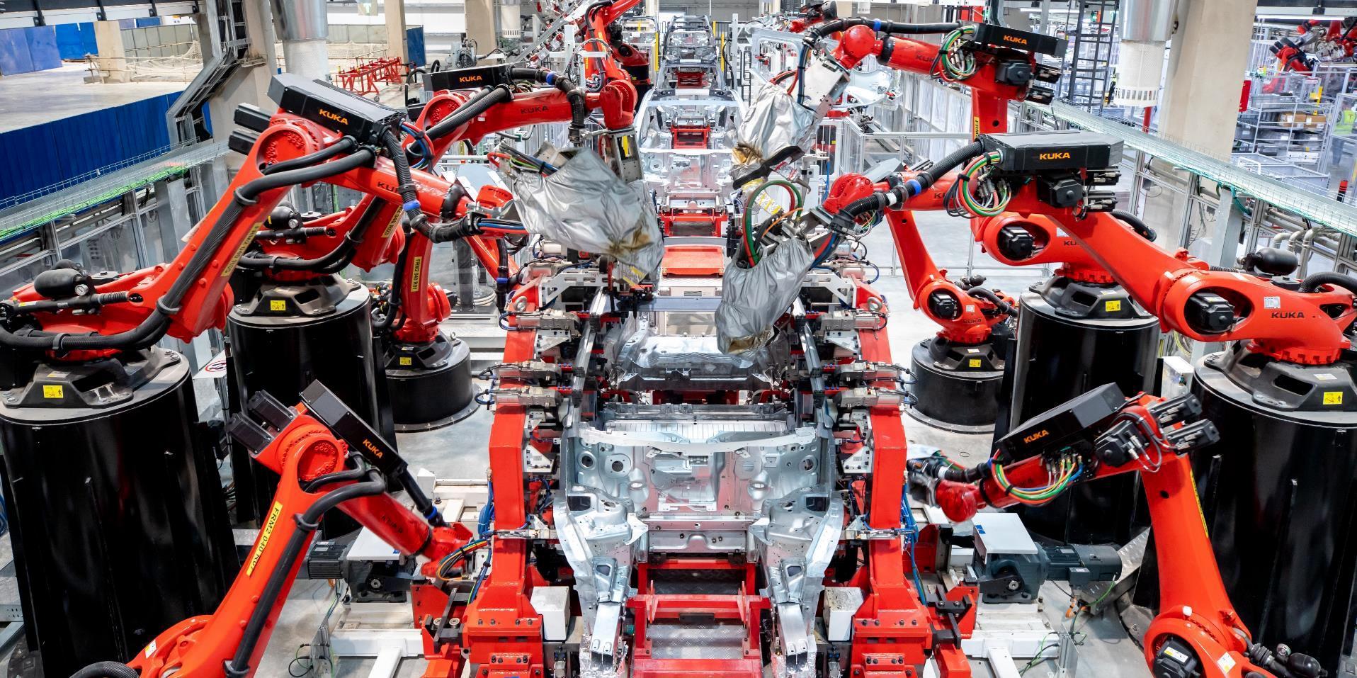 Q4 2020 (Tesla) Giga Shanghai Model Y body 1 (c)