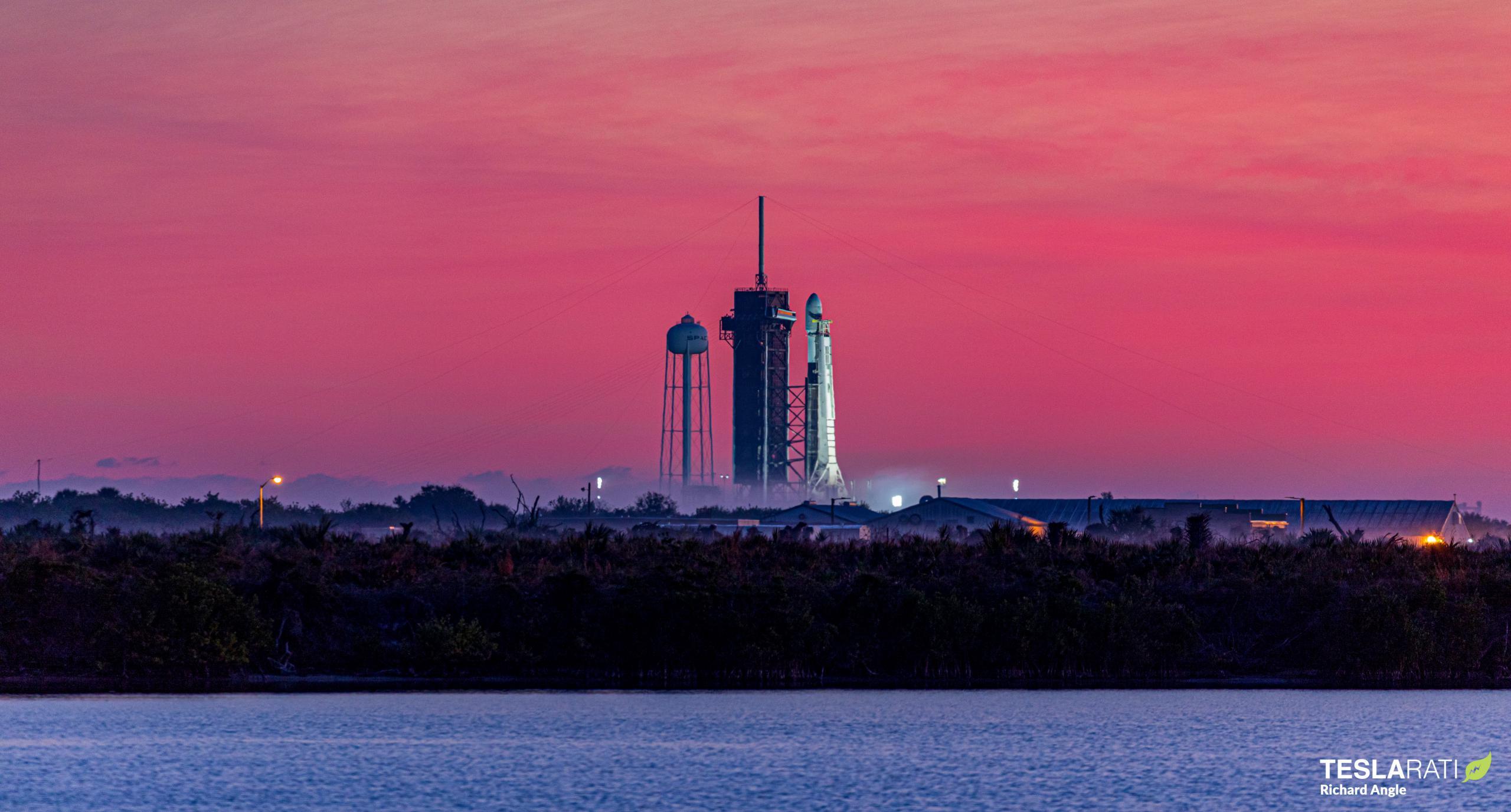 Starlink-16 Falcon 9 B1051 39A 012021 (Richard Angle) sunrise 1 (c)