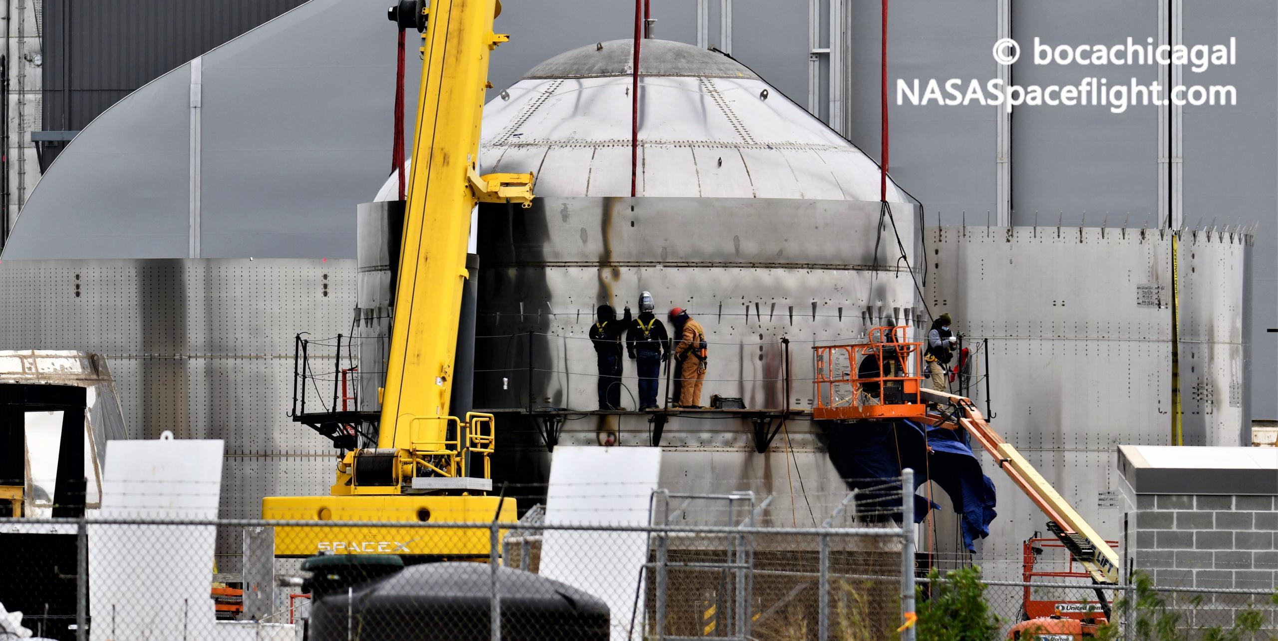 Starship Boca Chica 011221 (NASASpaceflight – bocachicagal) test tank SN7.2 integration 5 crop (c)