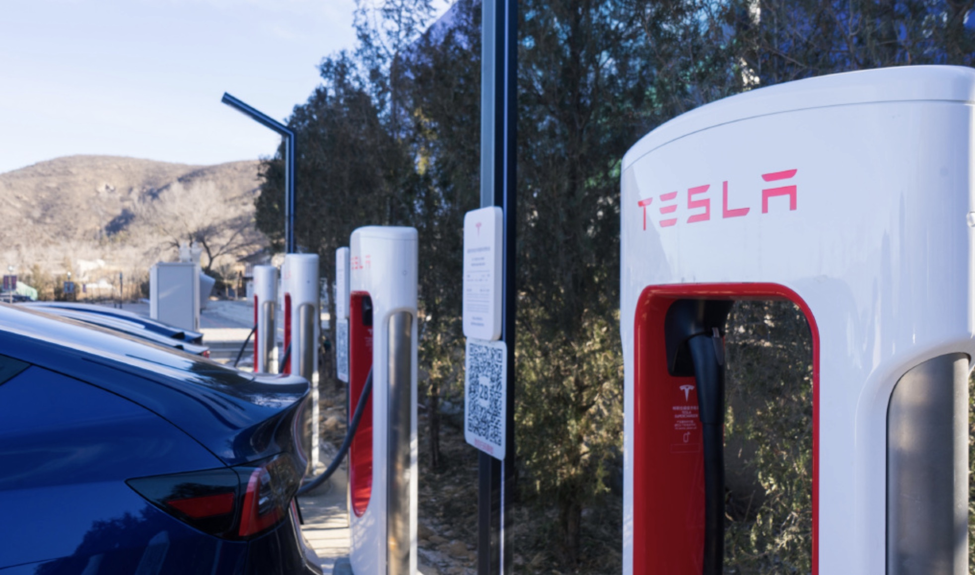 Tesla-supercharger-network-china-700-update