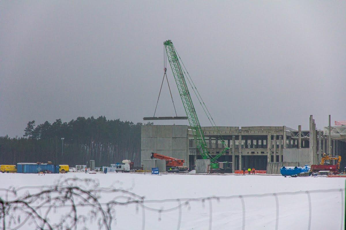 giga-berlin-winter