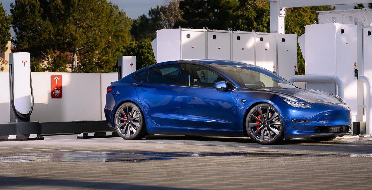 tesla-model-3-performance-blue-charging