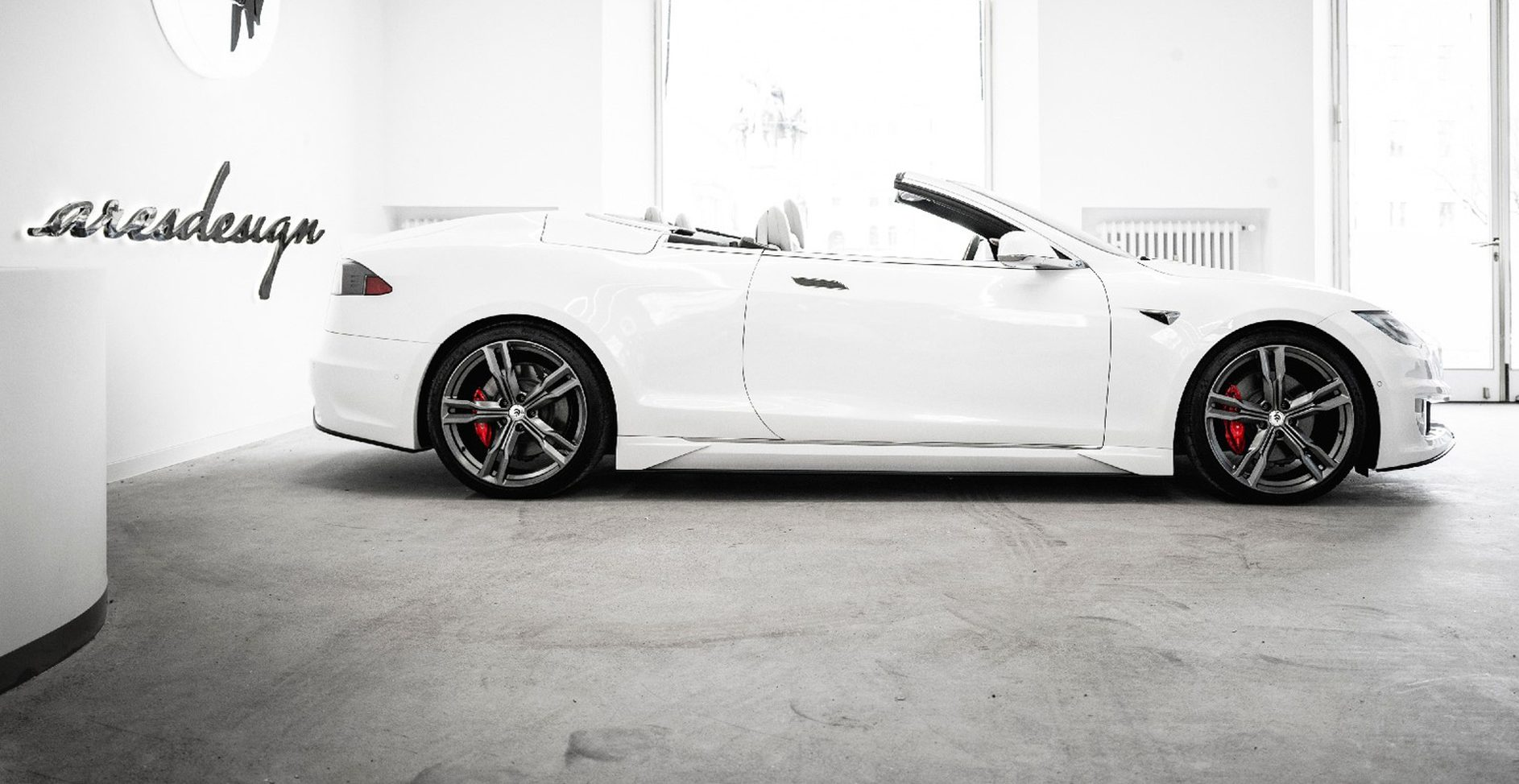 tesla-model-s-convertible-conversion-by-ares_100777256_h