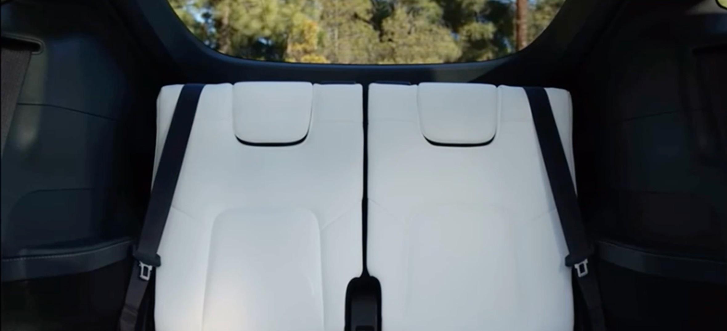 tesla-model-y-seven-seater-third-row-video (1)