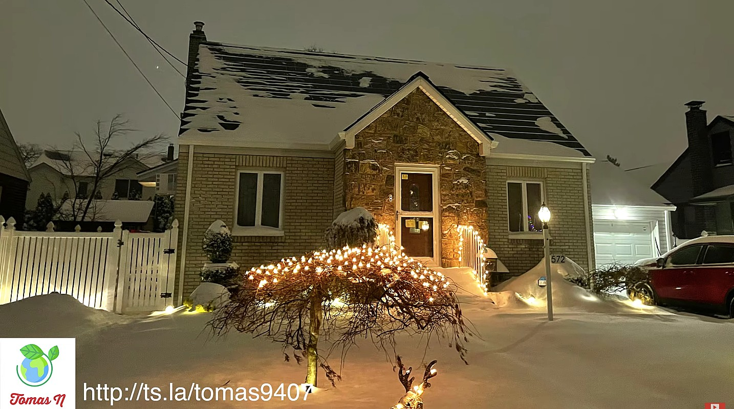 tesla-solar-roof-snowstorm-durability-test
