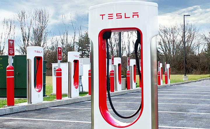 tesla-supercharger-ramp