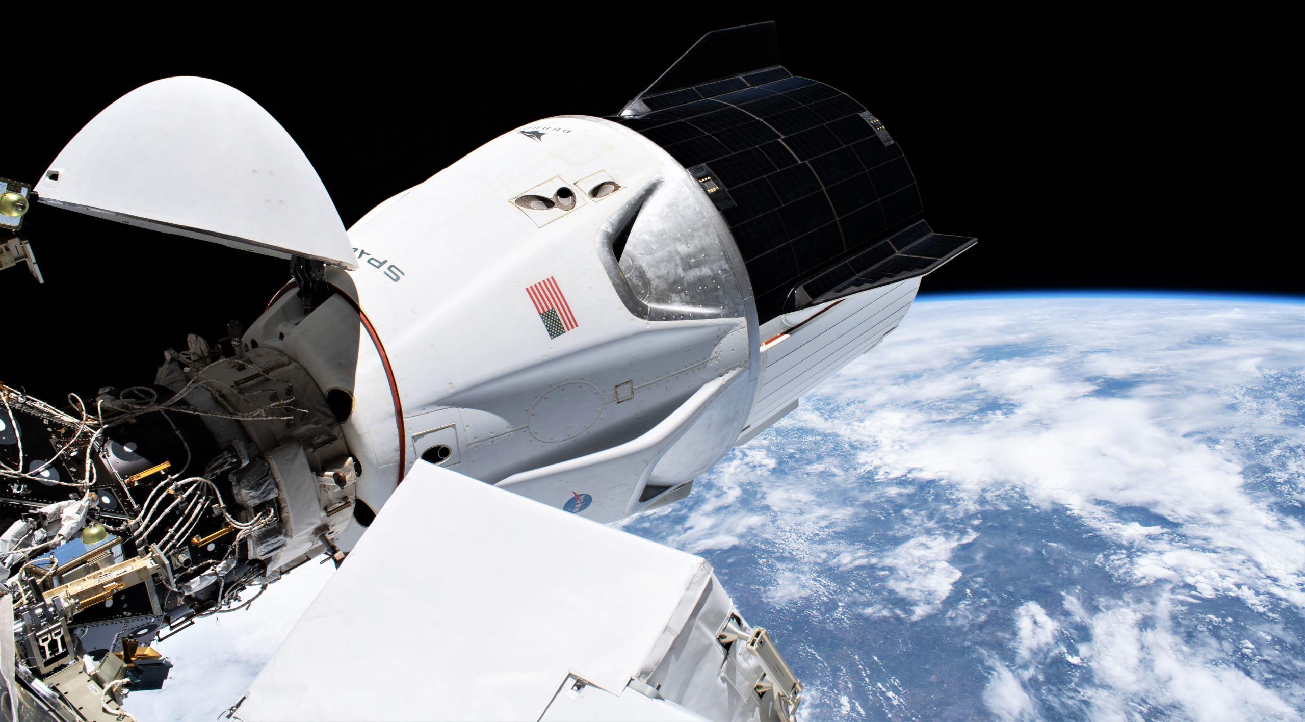 Crew Dragon C207 Crew-1 ISS 012721 (NASA) EVA 69 1 crop (c)