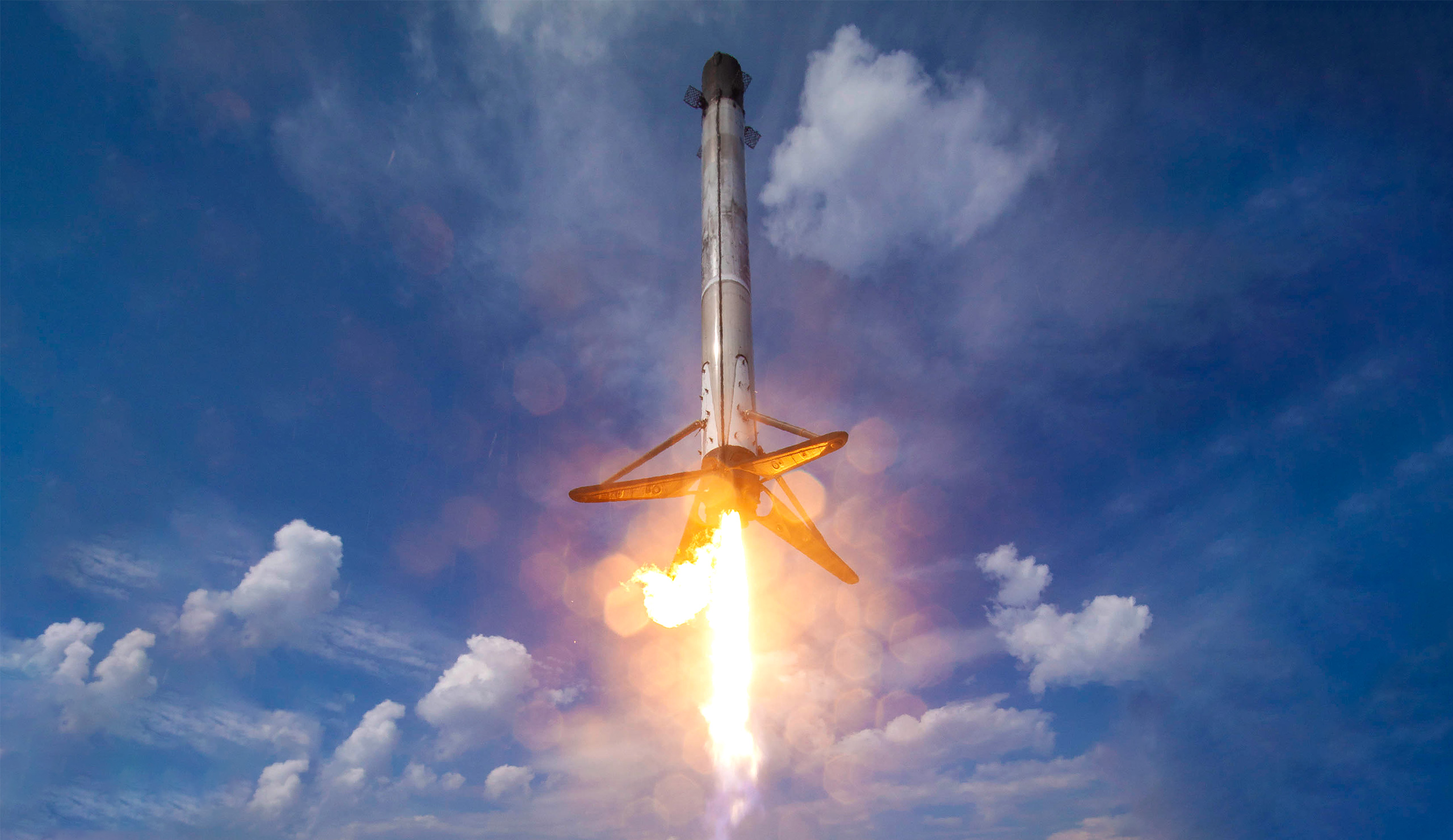 GPS III SV03 Falcon 9 B1060 063020 (SpaceX) landing 1 edit (c)