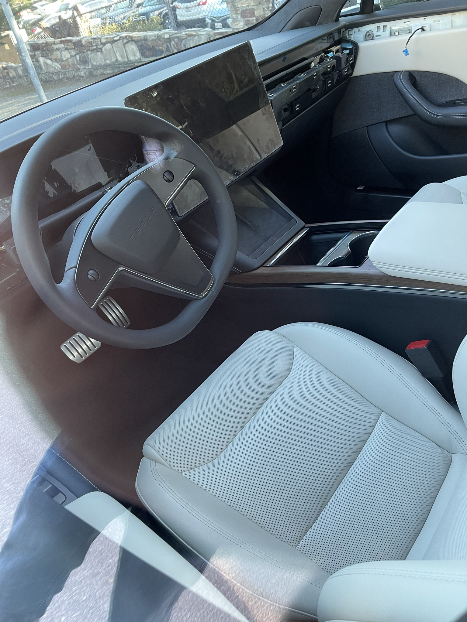 model-s-plaid-interior
