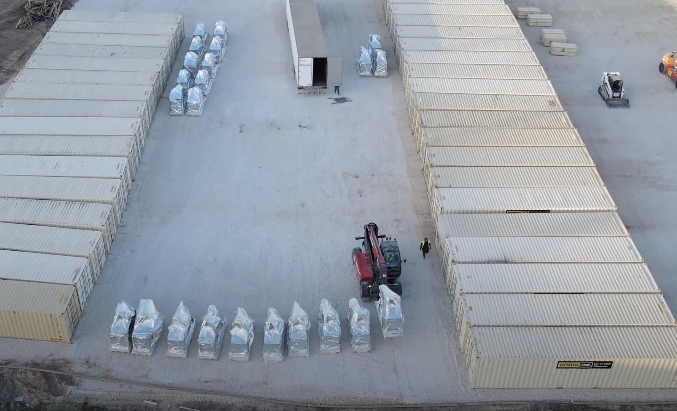 tesla-gigafactory-texas-robots-delivery